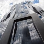 DC Tower - Wiens Wolkenkratzer - von dem französischen Architekten Dominique Perrault in der Wiener Donaucity geplante und teilweise fertiggestellte Wolkenkratzer.